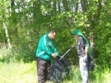 2011 Clean Up Day - Image 1